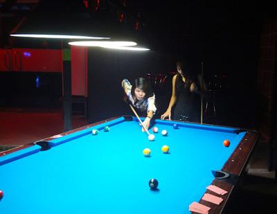 Nightclub game