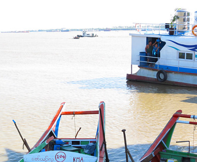 Busy Yangon River (5)
