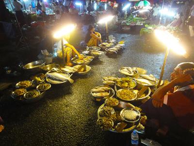 Theingyi zei Market (1)