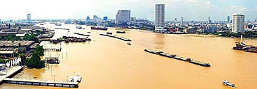 Chao Phraya River travel