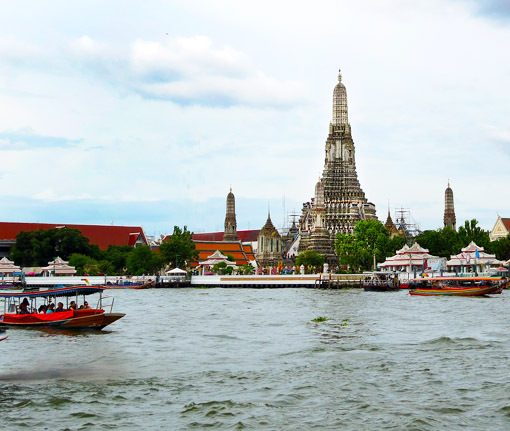 Chao Praya River Cruise Bangkok and Wat Arun