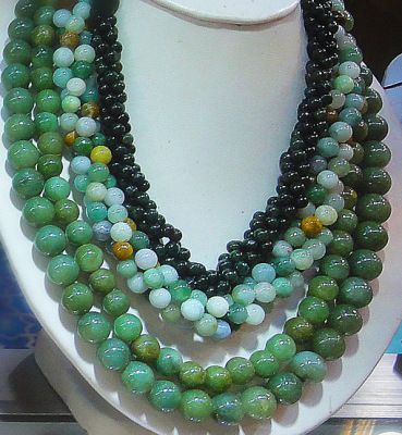jadeite jade ball chains in green colors