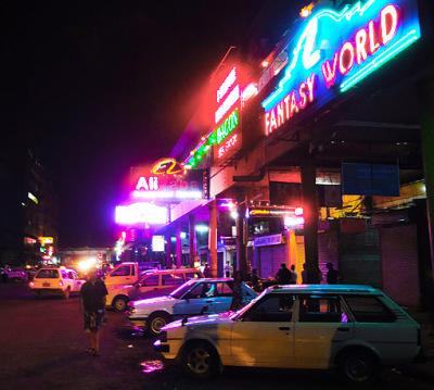 nightlife in yangon chinatown