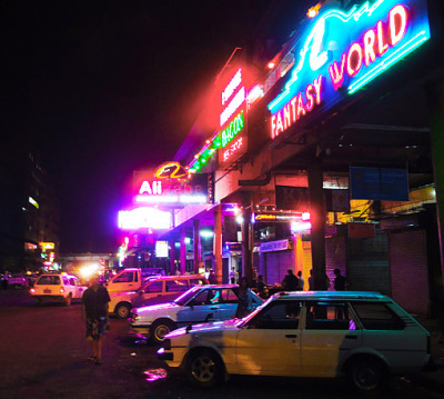 nightlife in yangon chinatown