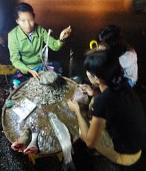 Anawrahta Road Night Market