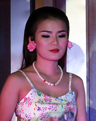 beautiful Thai bar girls (2)
