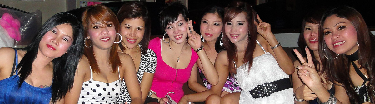 phuket girls at night
