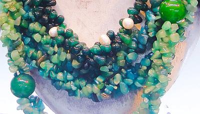 simple jadeite jade green necklace