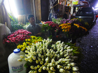 Yangon Chinatown flower shop