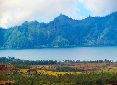 Lake Batur the volcano is to the left