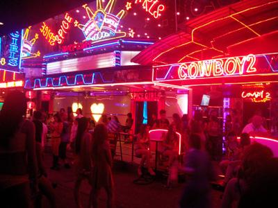 soi cowboy nightlife bangkok with young women