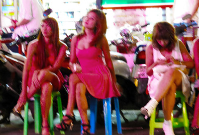 Bangkok Nightlife at Thaniya Plaza