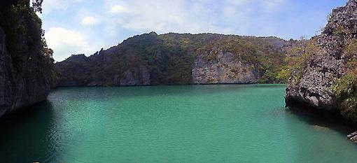 Ang Thong National park green lagoon