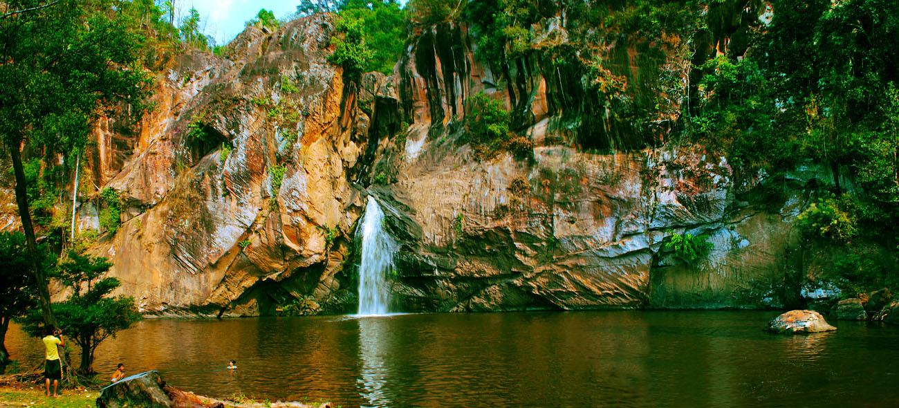 chat trakan waterfall in Phitsanulok