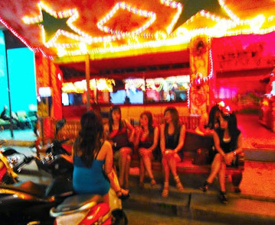 Ayutthaya nightlife girls