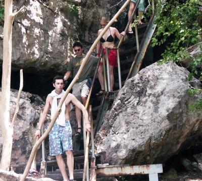 Ang Thong 2