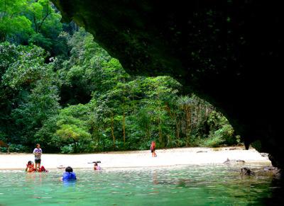 Inside morakot cave