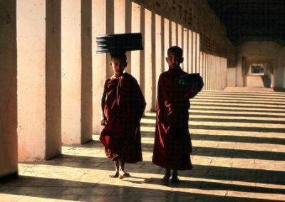 Bagan temple Buddhist novices