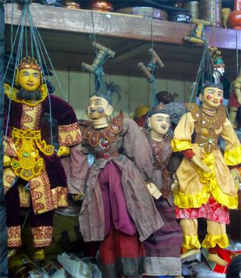 Pretty marionettes