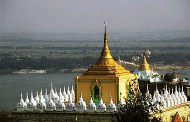 Sagaing pagodas at the Irrawaddy (Ayeyarwady) River (1)