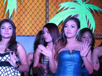 Phuket nightclub girls