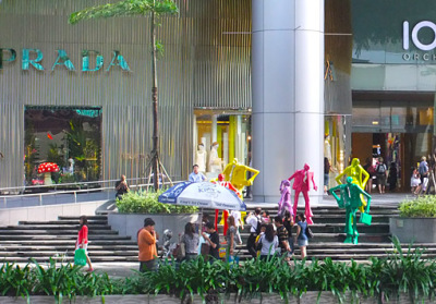 orchard road shopping (1)