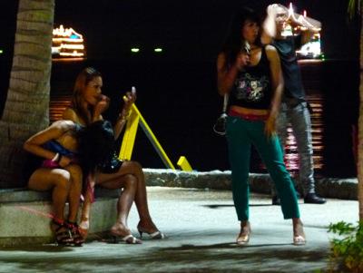 pattaya beach road freelancer at work