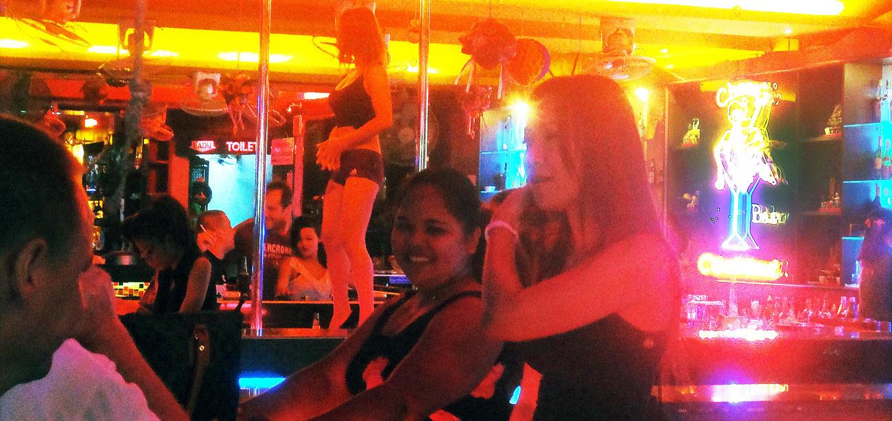 pattaya girly bar at walking street
