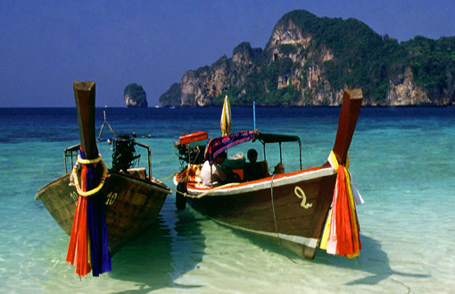 phi-phi islands longtail boats