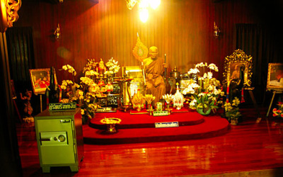 a replica of a  former abbot of wat chalong