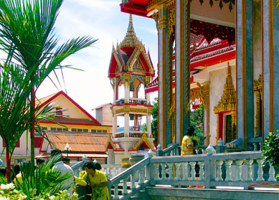wat chalong side view