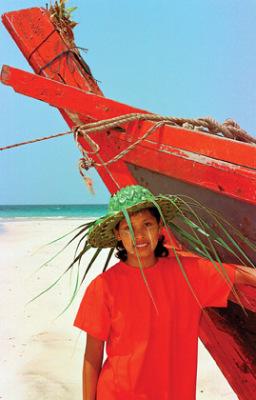 myanmar beach life