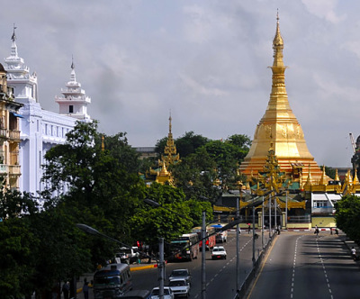 At the crossing Anawrahta Road with Sule Pagoda street