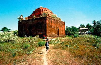 old pyu pagoda 15 century (1)