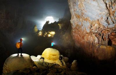 Son-Doong Cave Vietnam