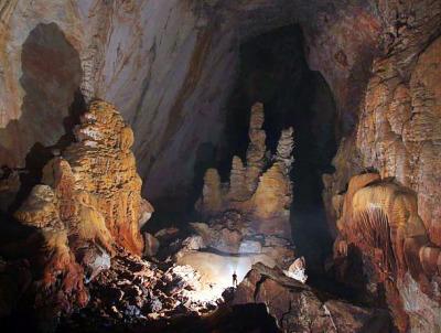 Son-Doong Cave Vietnam (1)