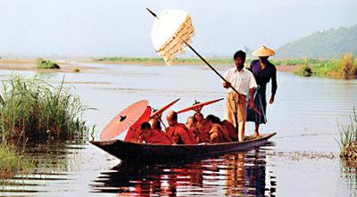 Novitiation procession on the Lake