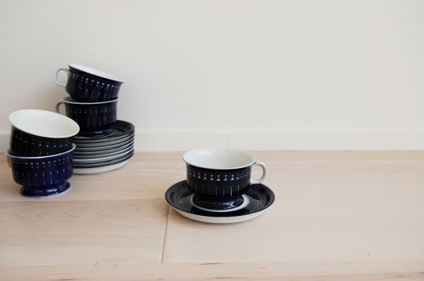 Arabia Finland, Valencia, cobalt blue, Ulla Procope, coffee tea cups, saucers, Scandinavian, Danish modern, modern, mcm, mod, Scandinavian, home decor, vintage, Seattle, midcentury55, furniture,