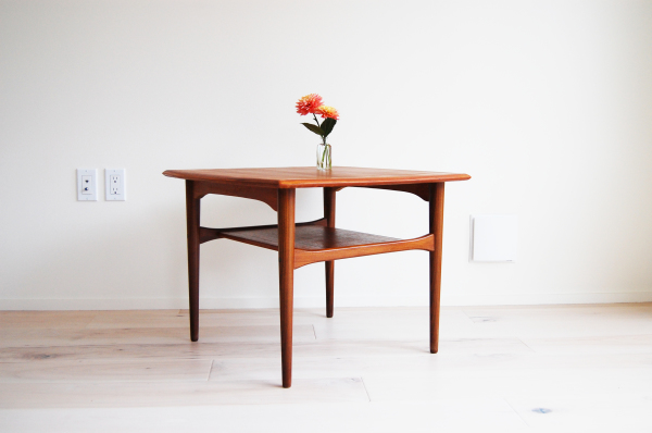 Danish modern, mcm, mod, Scandinavian, home decor, teak, dining chairs, pair, jl moller, niels otto moller, model 78, white upholstery, vintage dining room furniture,