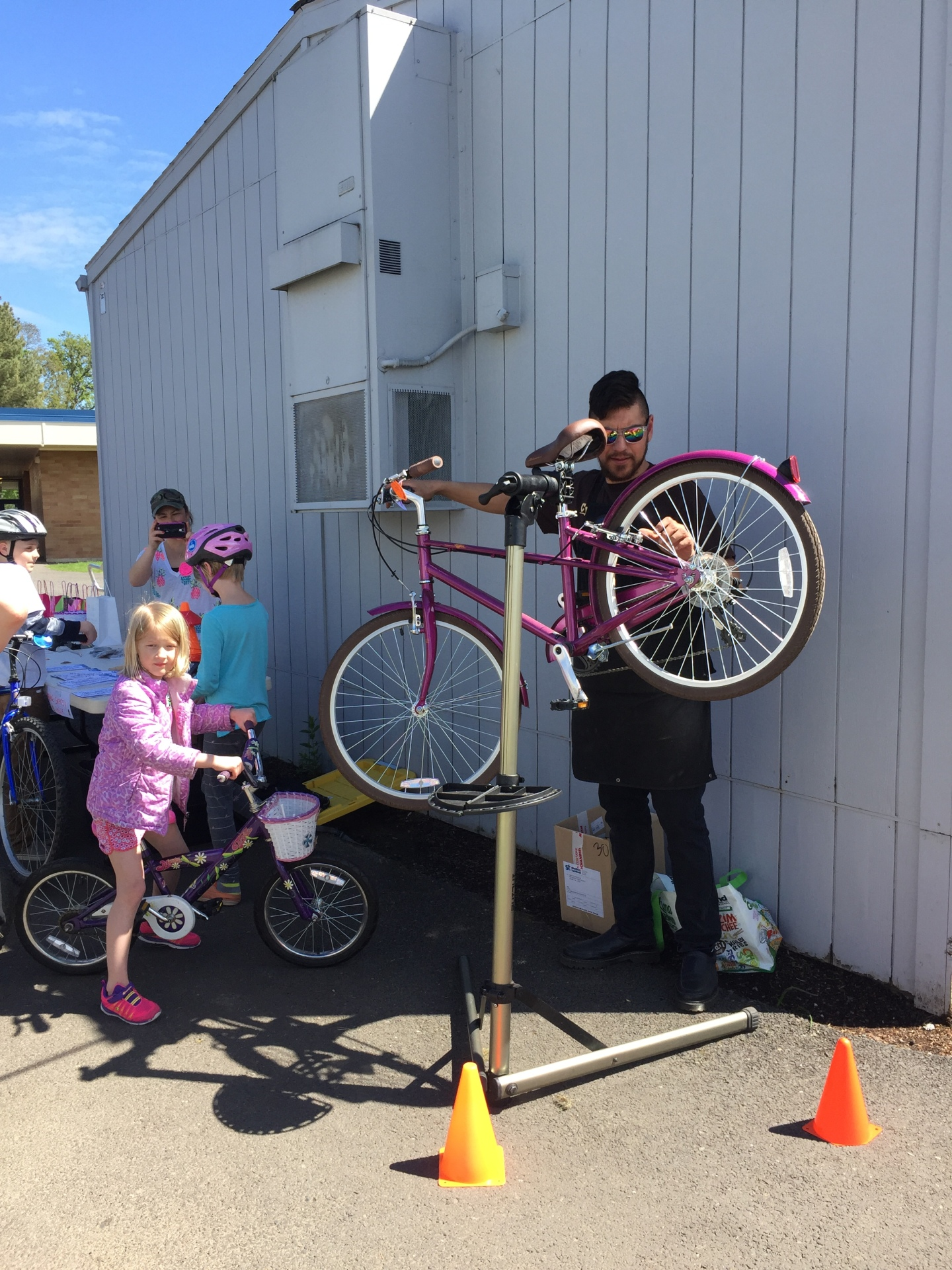 Oak Hills Elementary Walk & Bike to School Event