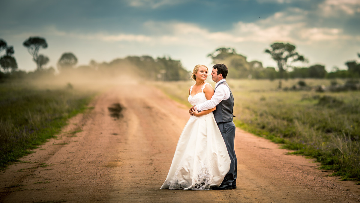 Liana and Dylan | Moorelands Bush Nursery | Roma Wedding Photography