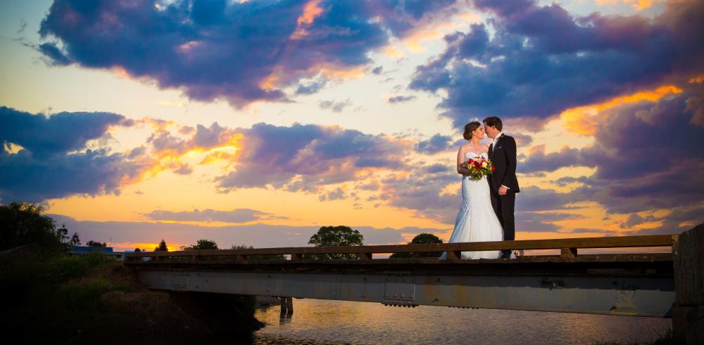 Bernie & Bryan | Melrose Station Killarney | Wedding Artworks | Warwick Wedding Photography