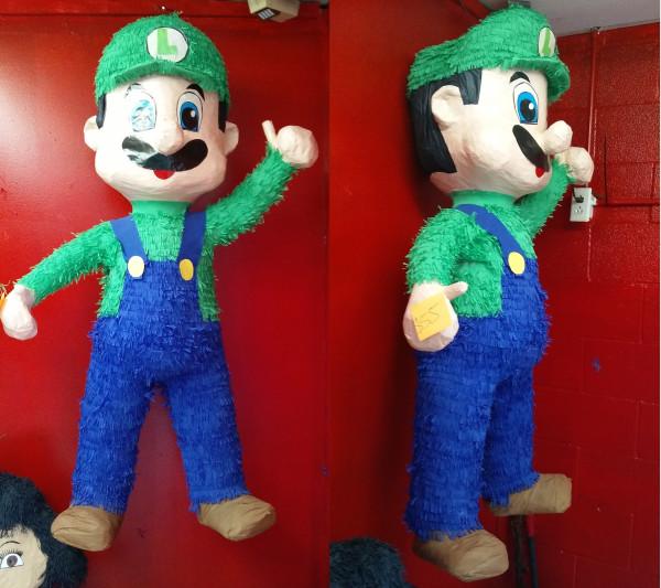 Nintendo Luigi Pinata