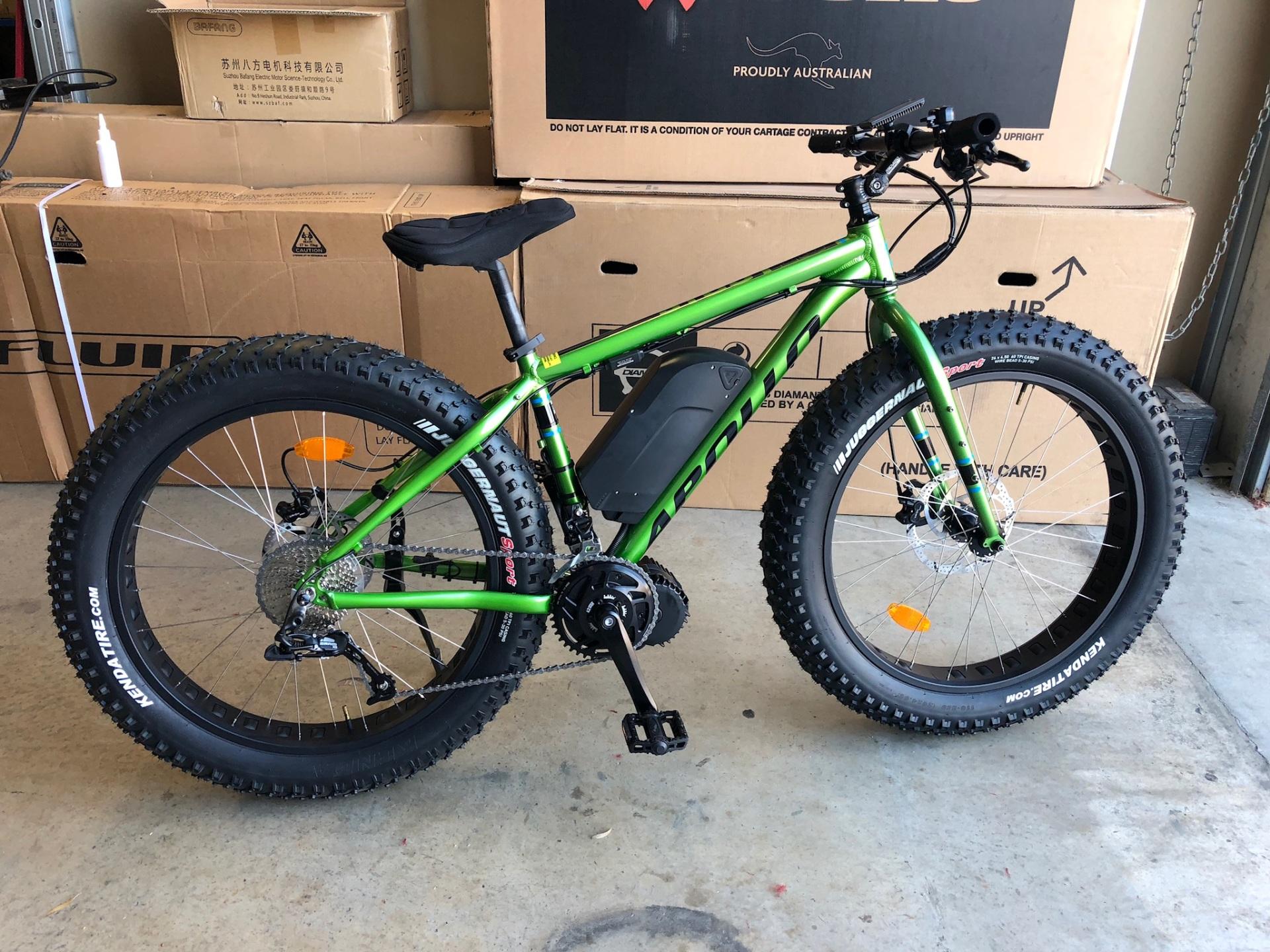 Electric Bikes - Apollo stout 10 with Frame mount battery - 0417400040