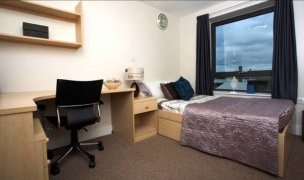 Student Bedroom and Communal Areas