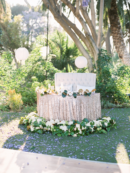 Sweetheart Table - Gold Sequins and Magnolias