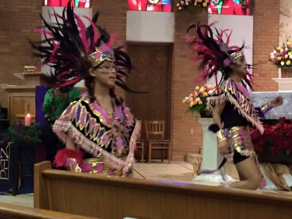 Azteca Dancers