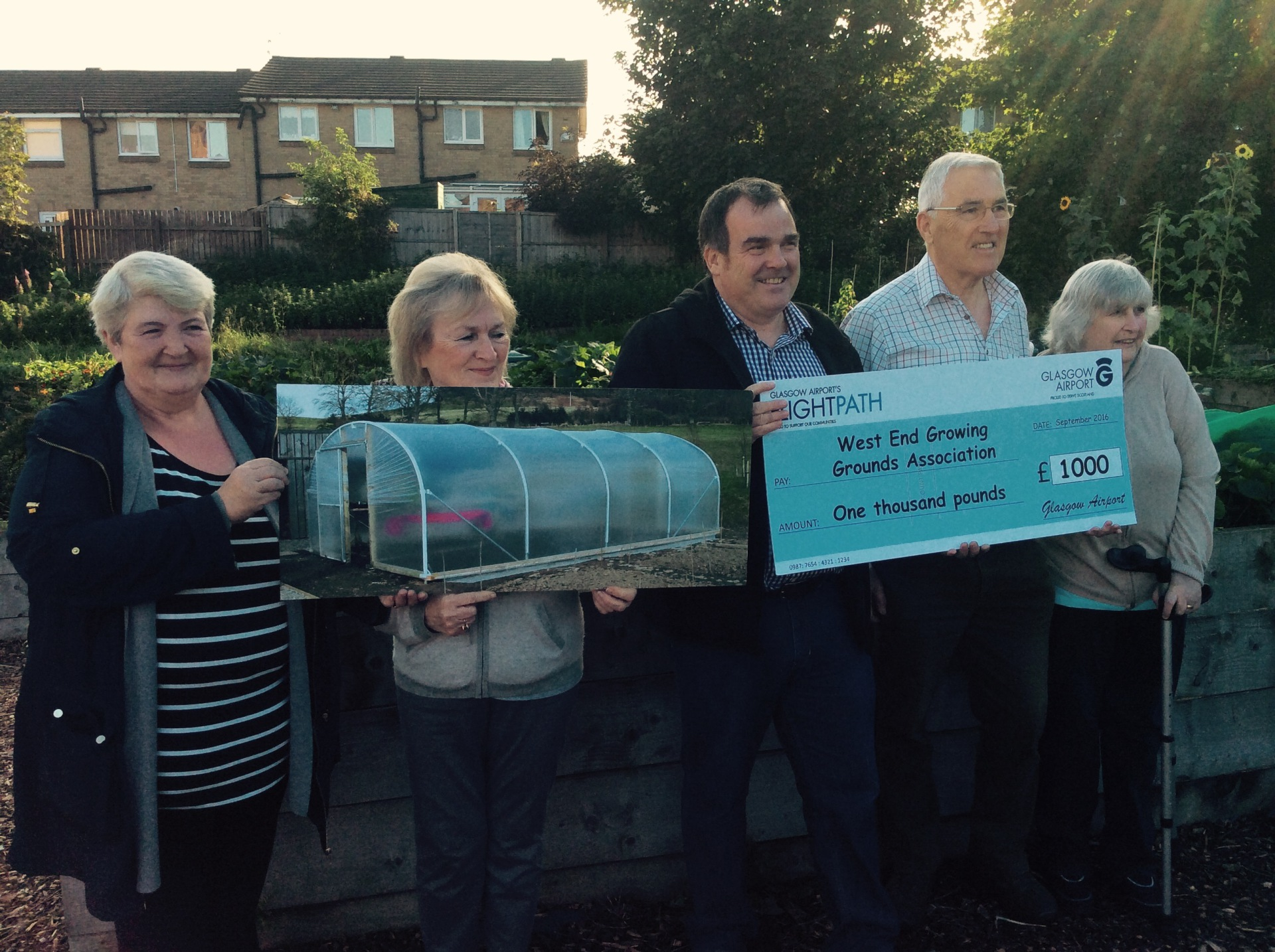 Presentation of grant from Glasgow Flightpath Fund