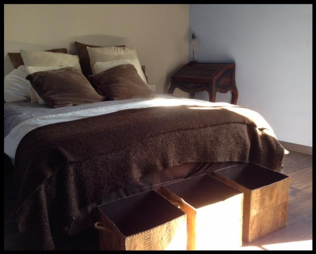 bedroom rental house barcelona spain art consult vacation open