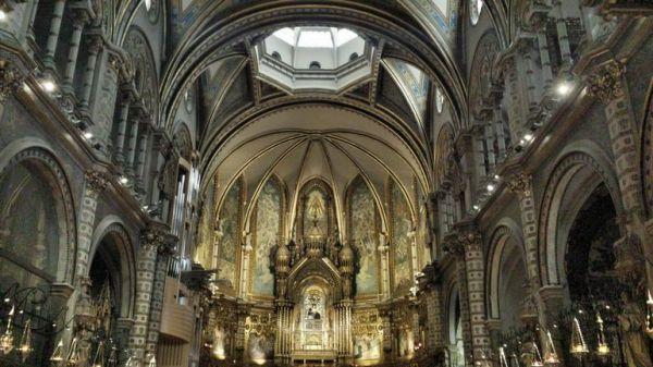 Montserrat - Art Escape Barcelona - House Rental - Destinations
